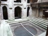 Adalaj Ni Vav (India) - the bottom of the well itself